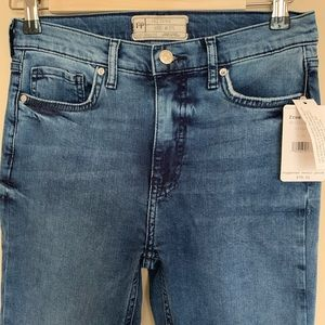 NWT Free People destroyed jeans size 27 Long